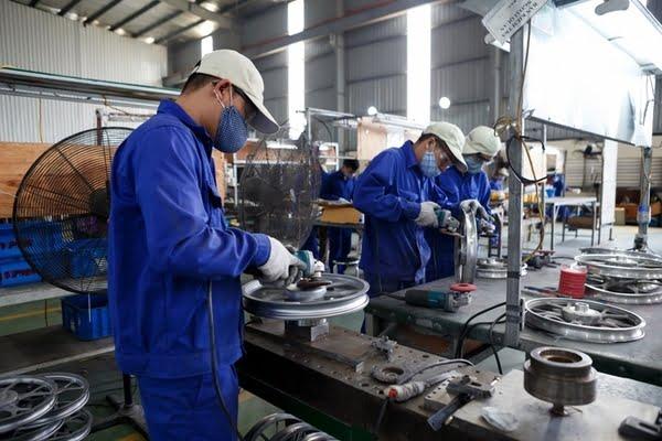 Tầm quan trọng của thiết bị phụ trợ đối với ngành công nghiệp gia công cơ khí